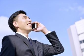 求人企業に電話で問い合わせ